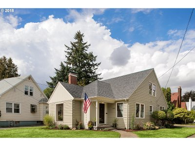 Portland Single Family Home For Sale: 6855 NE Alameda St