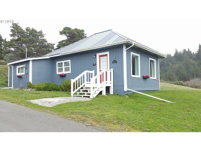 Port Orford Single Family Home For Sale: 610 Deady St
