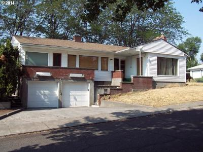 Single Family Home Sold: 717 NW 9th St