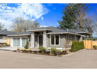 Lake Oswego Single Family Home For Sale: 893 Cedar St