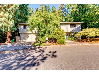 Southwest Hills Single Family Home For Sale: 4433 SW Tunnelwood St