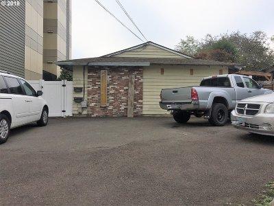 Clackamas County, Multnomah County, Washington County Multi Family Home For Sale: 1636 SE Tacoma St