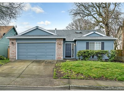 Beaverton Single Family Home For Sale: 1525 SW 211th Ave