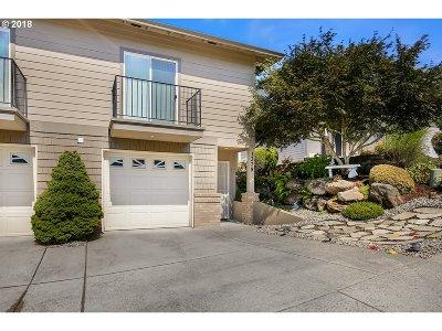 Gresham Single Family Home For Sale: 1379 SW 23rd Ter