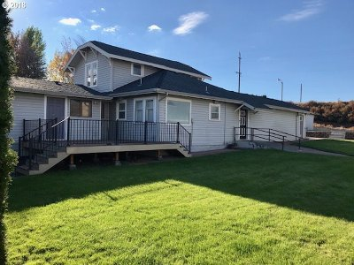 Umatilla County Single Family Home For Sale: 74359 McCormmach Rd