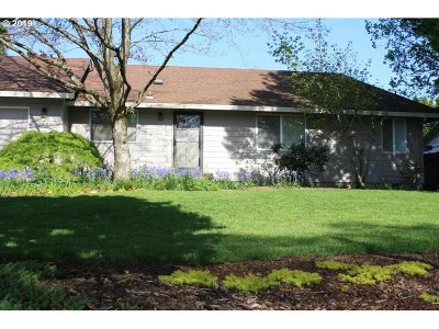 Single Family Home For Sale: 1015 SE 144th Ct