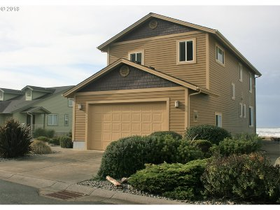 Gold Beach OR Single Family Home Bumpable Buyer: $379,900