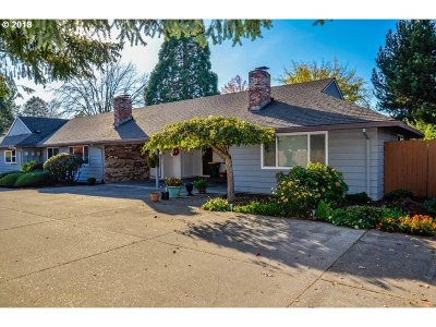 Hillsboro, Cornelius, Forest Grove Condo/Townhouse For Sale: 3122 22nd Ave # D