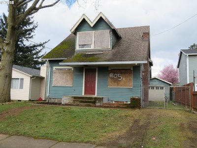 Portland Single Family Home For Sale: 8105 SE Francis St
