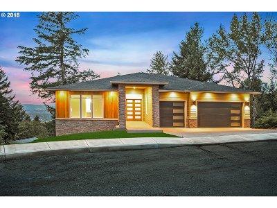 Milwaukie, Clackamas, Happy Valley Single Family Home For Sale: 10523 SE Partridge Pl