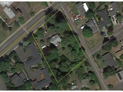 Milwaukie Residential Lots & Land For Sale: 3816 SE Concord Rd