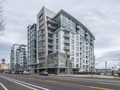 Portland Condo/Townhouse For Sale: 1260 NW Naito Pkwy #408B