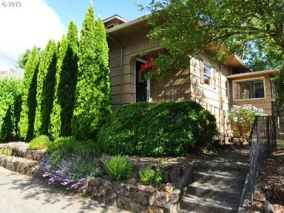 Portland Single Family Home For Sale: 1515 SE Bybee Blvd