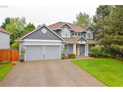 Tigard Single Family Home For Sale: 14442 SW Mistletoe Dr