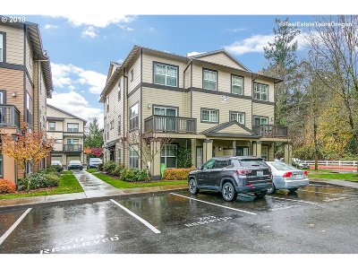 Sherwood Condo/Townhouse For Sale: 22860 SW Forest Creek Dr #203