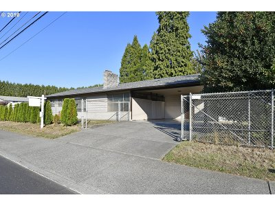 Gresham, Troutdale, Fairview Single Family Home For Sale: 2800 SE 182nd Ave