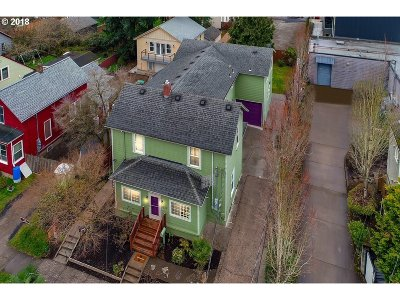 Portland Single Family Home For Sale: 1326 SE Malden St
