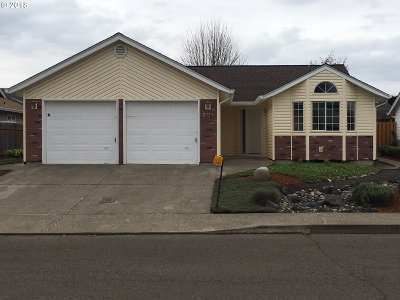 Canby Single Family Home For Sale: 601 SE 6th Pl