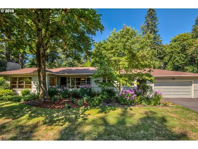 Single Family Home For Sale: 0319 SW Ridge Dr