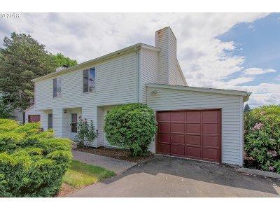 Condo/Townhouse For Sale: 3609 NE 147th Ave