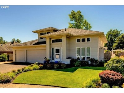 Newberg Single Family Home For Sale: 1911 Westlake Loop