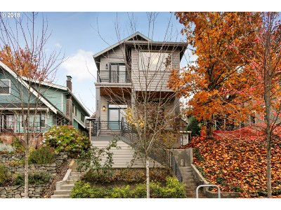Portland Single Family Home For Sale: 2830 NW Savier St