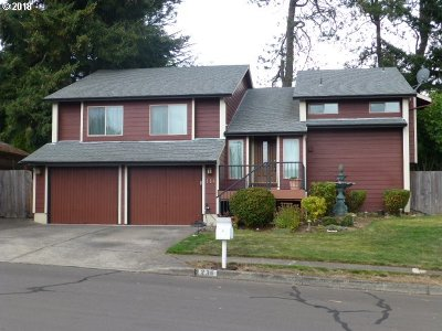 Single Family Home For Sale: 236 SW Willowbrook Dr