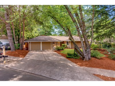 Single Family Home For Sale: 15697 SW Village Cir