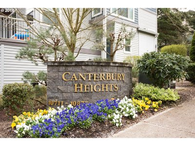 Tigard Condo/Townhouse For Sale: 10819 SW Canterbury Ln
