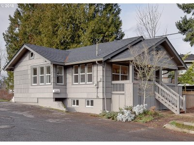 Oregon City Single Family Home For Sale: 202 Molalla Ave