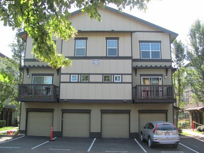 Sherwood Condo/Townhouse For Sale: 22834 SW Forest Creek Dr #203
