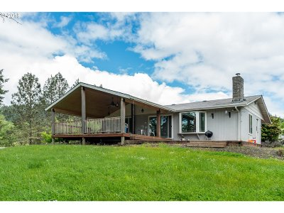 Oakland Single Family Home For Sale: 9450 Bullock Rd