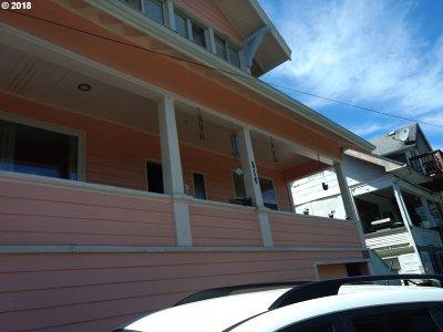 Rainier Single Family Home For Sale: 816 W A St