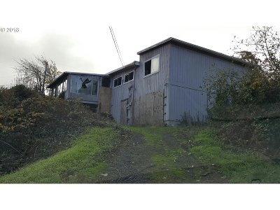 North Bend Single Family Home For Sale: 500 State