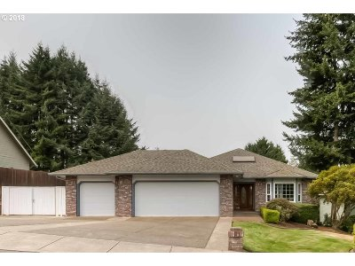 Sublimity Single Family Home Bumpable Buyer: 235 NW Hartmann Ave