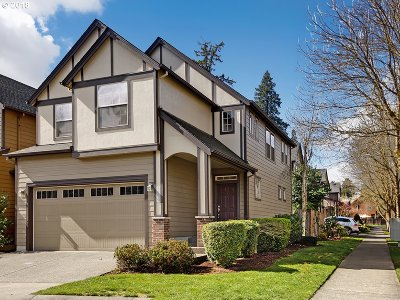 Tigard Condo/Townhouse For Sale: 7770 SW Cypress Ln