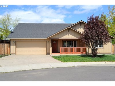 Bend Single Family Home For Sale: 3355 NE Crystal Springs Dr