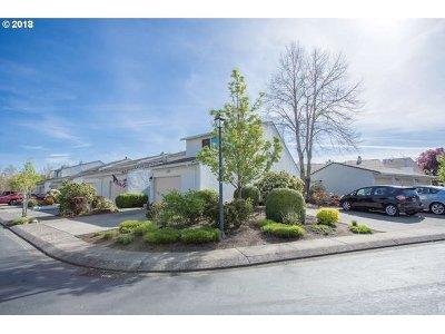 Gresham, Troutdale, Fairview Condo/Townhouse For Sale: 3240 NE 29th St