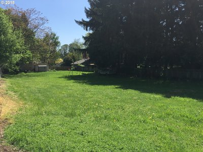Milwaukie Residential Lots & Land For Sale: SE Behind 10591 SE 55th Ave