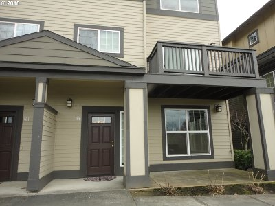 Beaverton Condo/Townhouse For Sale: 1040 SW 170th Ave #100