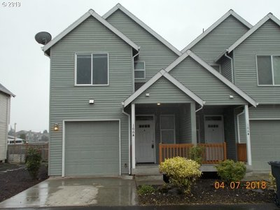 Oregon City, Beavercreek, Molalla, Mulino Condo/Townhouse For Sale: 166 Fenton Ave #A