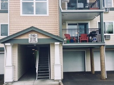 Beaverton Condo/Townhouse For Sale: 740 NW 185th Ave #204