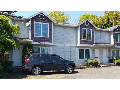 Portland Multi Family Home Pending: 7943 SW 17th Ave