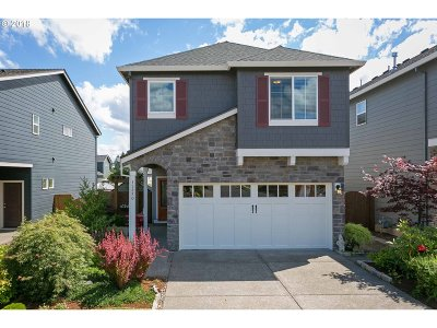 Clackamas Single Family Home For Sale: 15850 SE Starling Ct