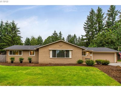 Oregon City, Beavercreek, Molalla, Mulino Single Family Home For Sale: 327 Park Dr