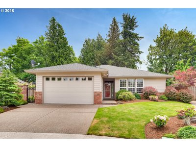 Troutdale Single Family Home For Sale: 3258 SE Benjamin Ct