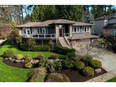 Happy Valley, Clackamas Single Family Home For Sale: 12887 SE Spring Mountain Dr