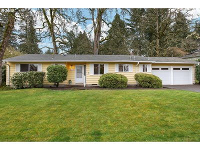 Beaverton Single Family Home For Sale: 7410 SW 102nd Ave