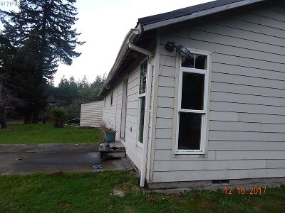 Bandon Single Family Home For Sale: 47372 Hwy 101