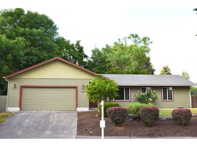 Portland Single Family Home For Sale: 18025 NW Park View Blvd